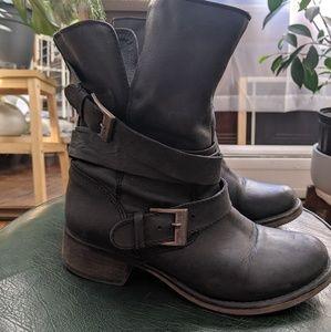 Black motor boots